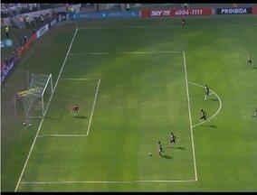 Comentarista esportivo fala da atuação dos times mineiros na rodada do Brasileirão - Cruzeiro perde por 2 a 1 para o Sport e o Atlético vence o Palmeiras por 1 a 0.