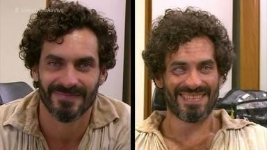 Veja como Nikolas Antunes ganha a cara do vilão Simão de 'Liberdade, Liberdade' - Acompanhe o processo de caracterização do personagem na novela das onze