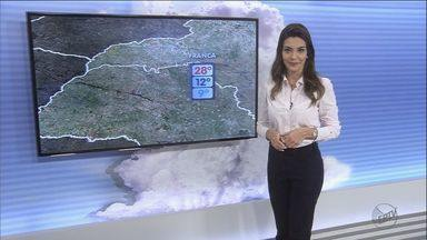 Confira a previsão do tempo para terça-feira (26) na região de Ribeirão Preto - Clima permanece seco e não há previsão de chuva para os próximos dias.