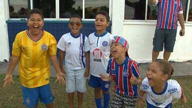 Torcedores vão ao treino para dar força e confiança aos jogadores do Bahia - Confira as notícias do tricolor baiano.