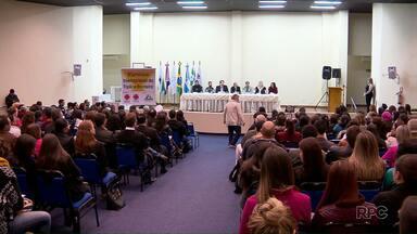 Seminário Internacional da Tríplice Fronteira discute o tráfico de pessoas - O evento é realizado no auditório da Unioeste.