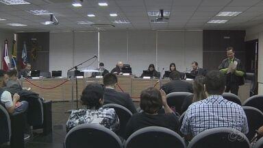 Julgamento de ação contra Melo e vice é novamente adiado no AM - Sessão foi suspensa na tarde desta quarta-feira (27), em Manaus.