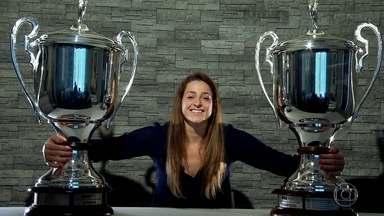 Campeã do handebol sempre acreditou no impossível - Duda Amorim vem de uma família em que ninguém desiste.Jogadora foi eleita a melhor do Mundial de 2013.