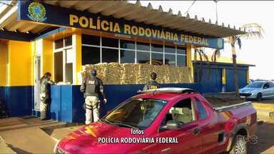 Polícia Rodoviária apreende quase 700 kg de maconha no oeste do Estado - A apreensão foi em Santa Terezinha de Itaipu.