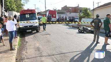 Dois homens morreram em acidente de moto em Bom Jesus dos Perdões - Condutor perdeu o controle e bateu em uma moto.
