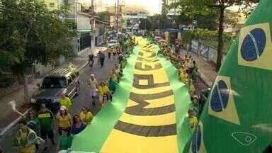 Vitória e Vila Velha tem atos contra e a favor a Temer e Dilma - No pró-Dilma, teve carreata na capital. No pró-Temer, teve passeata.