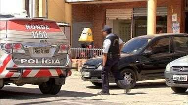 Gerente dos Correios é mantido refém no Ceará - Gerente dos Correios é mantido refém no Ceará
