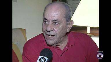 Morre aos 88 anos o ex-presidente do Inter José Asmuz - Asmuz teve duas passagens como presidente colorado: entre 1980 e 1981e de 1990 a 1993.
