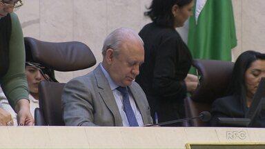 Presidente da ALEP sugere mudanças na presidência do Conselho de Ética da casa - Ademar Traiano (PSDB) disse hoje que vai aconselhar o deputado Edson Praczyk (PRB) a deixar a presidência do conselho.