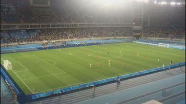 Voluntários de Ribeirão Preto registram momentos exclusivos do Jogos Olímpicos - Rodrigo e Bruna registraram o jogo entre Brasil e China pelo futebol feminino.