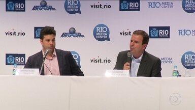 Eduardo Paes pede que população evite transitar no dia da abertura da Olimpíada - Prefeito do Rio pede que população evite transitar no dia da abertura da Olimpíada.