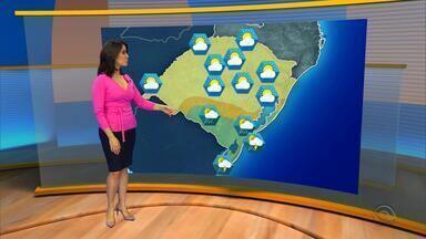 Tempo: instabilidade marca os próximos dias no RS - Na sexta-feira, 5, as máximas chegam atingir 29°.