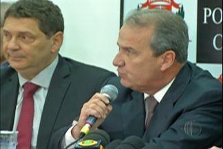 Secretário de Segurança do Estado participa de coletiva da Polícia Civil em Mogi - Secretário Mágino Alves Barbosa destacou que casos de explosões de caixas eletrônicos vem diminuindo em todo o Estado.