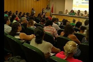 Ressocialização de jovens é tema de encontro - Encontro discutiu participação da família no processo de ressocialização.