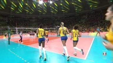 3º set: Gabi fecha o jogo para o Brasil. 25/11 - 3º set: Gabi fecha o jogo para o Brasil. 25/11