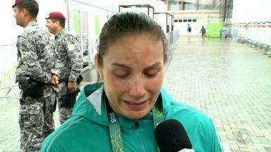 Maria Portela se emociona ao falar de eliminação nos Jogos Olímpicos - A judoca foi elliminada ao aplicar golpe irregular durante a luta.