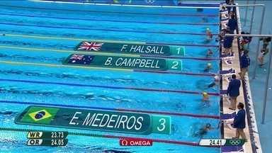 Etiene Medeiros termina em terceiro na semifinal dos 50m livres feminino - Etiene Medeiros termina em terceiro na semifinal dos 50m livres feminino