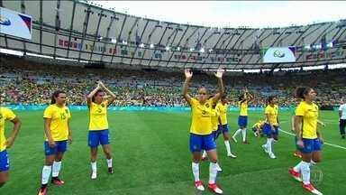 Meninas do futebol perdem nos pênaltis e vão disputar o bronze - A seleção brasileira vai disputar o bronze no futebol feminino. A Suécia derrotou o Brasil nos pênaltis, na partida desta terça (16), no Maracanã.