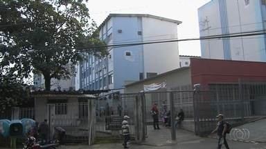 Pacientes reclamam de falta de aparelho no Hospital das Clínicas, em Goiânia - Eles denunciam que máquina está sem funcionar há cinco meses e, por isso, 80 pessoas ficam sem atendimento.