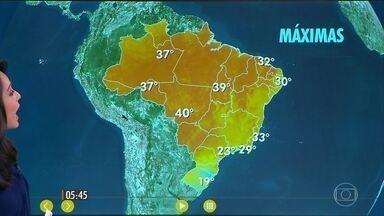 Confira como fica o tempo nesta quinta-feira (18) em todo o país - Risco de geada no sul do Rio Grande do Sul.