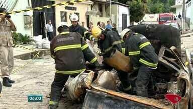 Especialistas alertam para cuidados com equipamento do kit gás, no ES - Um carro com kit gás explodiu na última semana em Vitória.