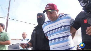 Réus vão a julgamento no caso em que noivo mandou matar padrinhos em CG - Padrinhos foram mortos na saída da festa de casamento do principal acusado.