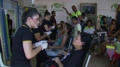 DFTV Cidadão oferece diversos serviços para a população no Itapoã - No espaço da beleza, as mulheres assistem palestras sobre como se vestir e de maquiagem. No DFTV Cidadão, há ainda serviços de psicólogo, advogado, assistente social, entre outros.