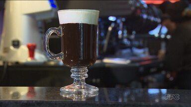 """Que tal experimentar uma bebida diferente à base de café? - O """"Coffee Week Curitiba"""" reúne receitas criadas por baristas que vão te surpreender pela criatividade e pelo sabor."""