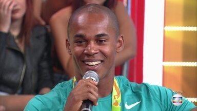 Isaquias Queiroz e Erlon de Souza reveem prova e comentam dificuldades - Atletas contam como foi a competição