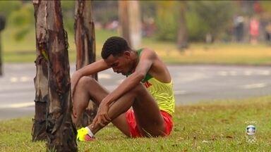 Etíope passa mal e abandona maratona masculina na Rio 2016 - Etíope passa mal e abandona maratona masculina na Rio 2016