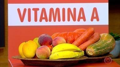 Ter um prato colorido ajuda a não ter deficiência de vitaminas - Alimentação monótona é quando o cardápio não tem variação de cores. Uma especialista alerta para três nutrientes que estão faltando no prato do brasileiro: vitamina A, vitamina B1 e ferro.
