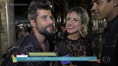 Elenco comemora lançamento de 'Sol Nascente' - Marcelo Mello Jr. mostra os bastidores do lançamento da nova novela das seis para a imprensa