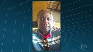 PM é morto em São João de Meriti no sábado (27) - Segundo informações da Delegacia de Homicídios da Baixada Fluminense, o policial foi atingido por um tiro na boca quando tentava resgatar um carro roubado na região. Ele chegou a ser levado para o PAM, mas não resistiu.