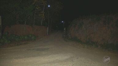 Bandidos assaltam o sítio do prefeito de Serra Negra - O prefeito e dois funcionários foram feitos reféns.
