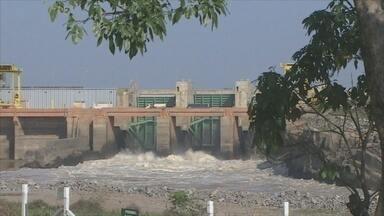 MPF pede cancelamento da licença de operação da usina de Jirau - Motivo do pedido é situação dos pescadores que estão em situação precária porque tiveram casas alagadas.
