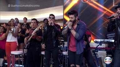Gusttavo Lima canta 'Que Pena que Acabou' - Cantor lança novo DVD '50/50', em que mostra um lado romântico e um de balada