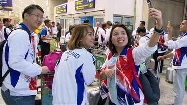 Clima olímpico de volta: delegações de vários países chegam ao Rio para a Paralimpíada - O Time Brasil chegou no fim da manhã no Aeroporto Santos Dumont e os atletas foram recebidos com samba.