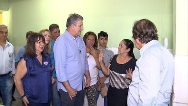 João Leite (PSDB), candidato à Prefeitura de BH, visita creche no Barreiro - Ele disse que pretende trabalhar para que nenhuma criança de Belo Horizonte fique fora de creche.