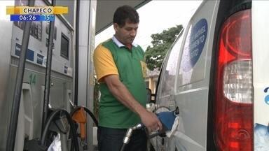 Joinville tem o litro da gasolina mais barato de SC - Joinville tem o litro da gasolina mais barato de SC