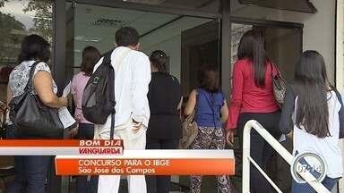 Centenas de candidatos prestam prova de concurso do IBGE em São José - Provas aconteceram neste domingo.