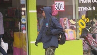Frente fria chega a Vilhena - A baixa temperatura agradou muitas pessoas.