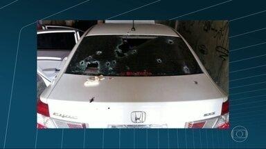 Tiroteio na Avenida Brasil deixa um morto e baleados - A PRF recebeu a denúncia de que bandidos num carro estavam assaltando na região de Caxias. Houve perseguição. O veículo com os suspeitos seguiu para a Avenida Brasil, onde aconteceu o tiroteio.