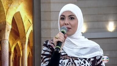 Blogueira Mag Halat fala da polêmica da proibição do burquíni no Encontro com Fátima - Proibição da peça gerou polêmica na França
