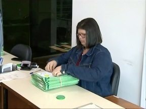 Cartórios eleitorais fazem plantão no feriado - Eleitores podem aproveitar a data para regularizar pendências.