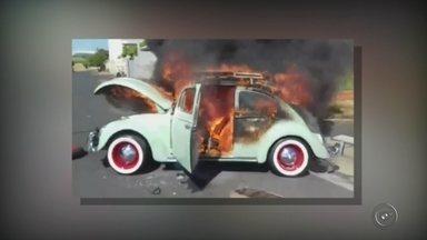 Quase 100 carros pegaram fogo nos oito primeiros meses deste ano em Rio Preto - Só em Rio Preto quase 100 carros pegaram fogo nos oito primeiros meses deste ano. Casos que podem ter relação com a falta de manutenção dos veículos. O mais importante é saber como lidar com essa situação. Tentar apagar o fogo pode ser um grande perigo.
