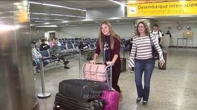 Mais uma adolescente barrada nos EUA chega a São Paulo - Liliana Matte ficou detida por 15 dias, num abrigo para menores em Chicago.