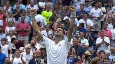 Novak Djokovic está na final do US Open - Número um do mundo desbancou o francês Gael Monfils no US Open e enfrentará na final Wawrinka.