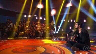 Luan Santana canta medley em homenagem a Vander Lee e Fagner - O cantor diz que tem vontade de gravar as músicas