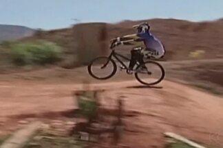 Ciclista de Patos de Minas treina para última etapa do Campeonato Mineiro de BMX - Charley Barbosa foi campeão da 5ª etapa do Estadual de bicicross na categoria de 30 a 34 anos.