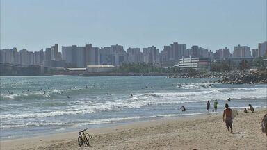 Orla de Fortaleza apresenta 23 pontos próprio para banho - Região Metropolitana de Fortaleza apresenta 100% de pontos balneáveis
